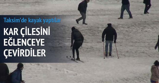 Taksim meydanında kayak yaptılar