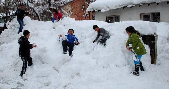 Bugün okullar tatil mi? İşte kar tatili olan il ve ilçeler