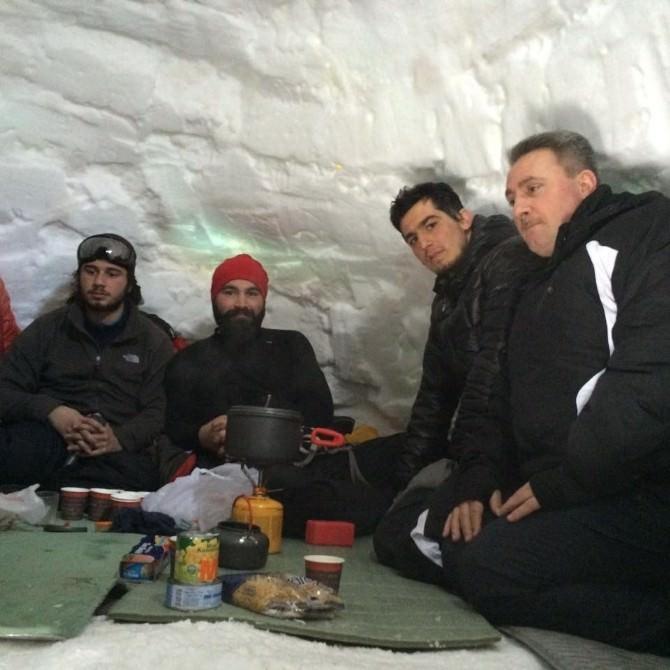 Dağcılar Eksi 20 Derecede Konaklı'da Kamp Kurdu