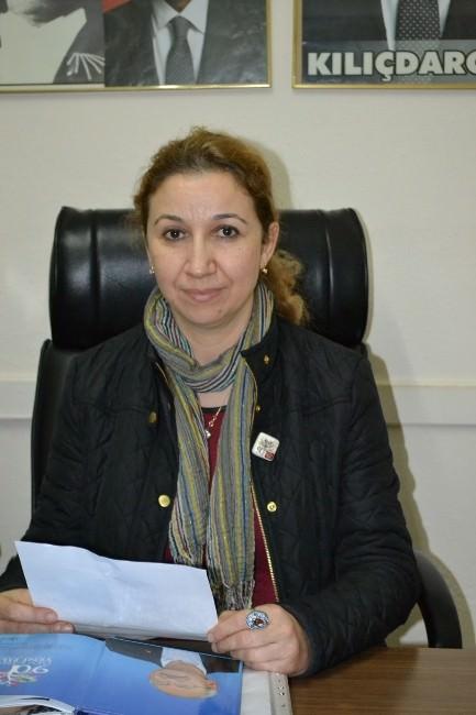 Kula CHP Kadın Kollarından Özgecan Tepkisi