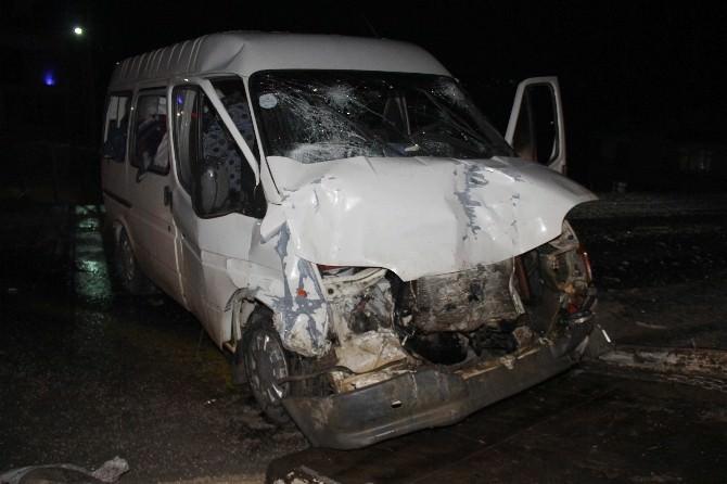 Samsun'da Trafik Kazası: 9 Yaralı