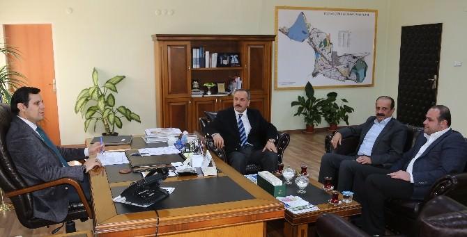 Karabıyık'tan Tuşba Belediyesi'ne Ziyaret