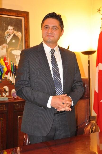 Aliağa Belediye Başkanı Serkan Acar: