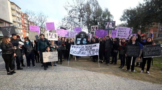 Kadınlar Özgecan Parkı'ndan Kadına Şiddete Tepki Gösterdi