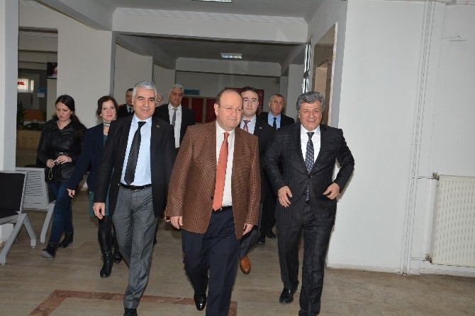 Mustafa Balbay, Efeler Belediyesi'ni Ziyaret Etti