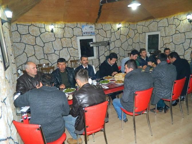 Doğanşehir Hem'den Şampiyon Sporculara Yemek