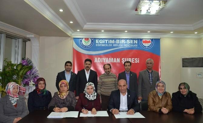 Adıyaman Eğitim Bir Sen Kadınlar Komisyonu'nda Bayrak Değişimi