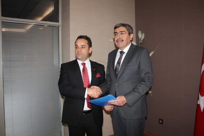 Mehmet Kızıl, Gaziantep'ten AK Parti Aday Adaylığı Başvurusunda Bulundu