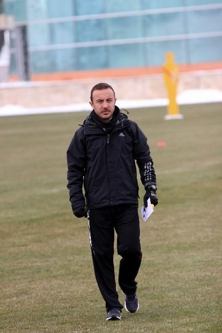 Kayserispor Teknik Direktörü Cüneyt Dumlupınar: