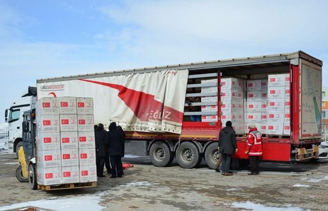 Kızılay Tırı Yardıma Muhtaçlar İçin Kırşehir'de