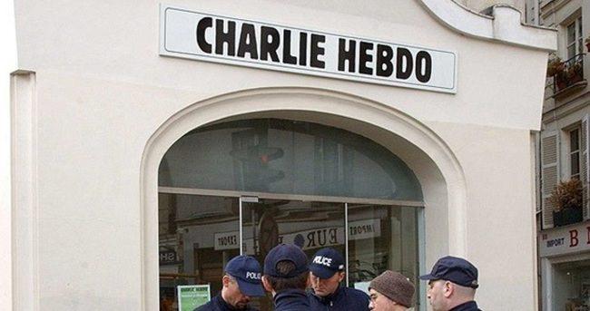 Charlie Hebdo kararını verdi