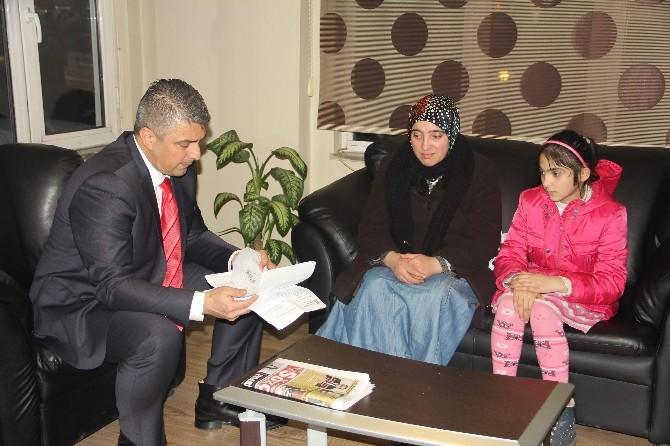 Op. Dr. Ovalıoğlu, İremnur Yataz'ı Ziyaret Etti