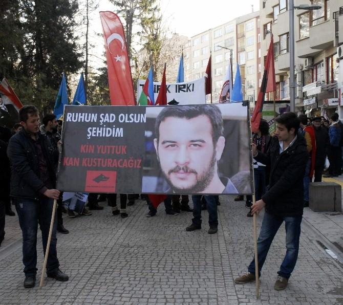 'Fırat Yılmaz Çakıroğlu' Ve Hocalı Katliamı Yürüyüşünde Arbede