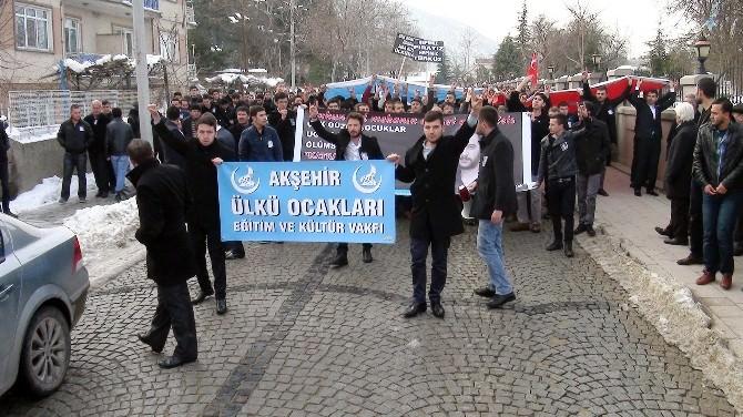 Akşehir'de Fırat Yılmaz Çakıroğlu İçin Gıyabi Cenaze Namazı Kılındı