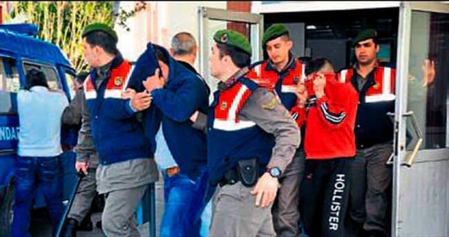 Fuhuş çetesinden 11 kişi tutuklandı