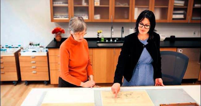Cezanne, iki eserinin arkasına eskiz çizmiş