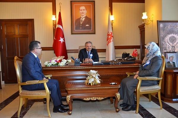 Erzincan'da Vergi Hatası Kutlanıyor