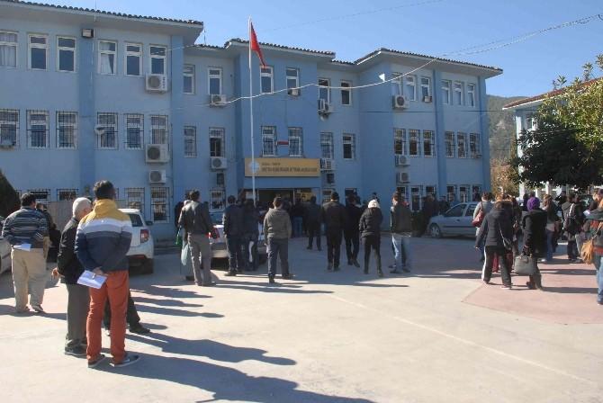 Fethiye'de 20 Kişilik Kadro İçin 400 Kişi Başvurdu