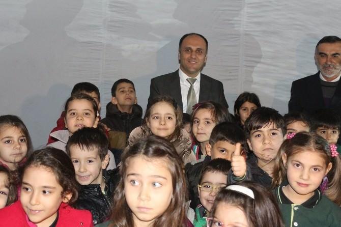 Beyşehir Belediyesi'nden Öğrencilere Planetaryum Gösterisi