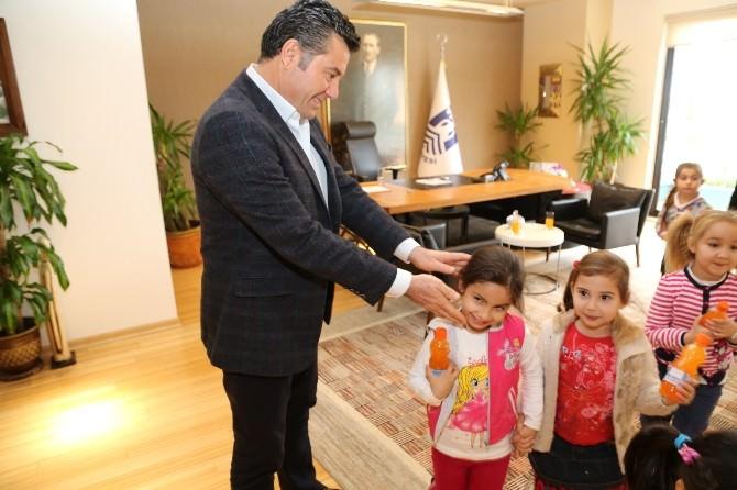 Bodrumlu Öğrenciler, Başkan Kocadon'u Ziyaret Etti