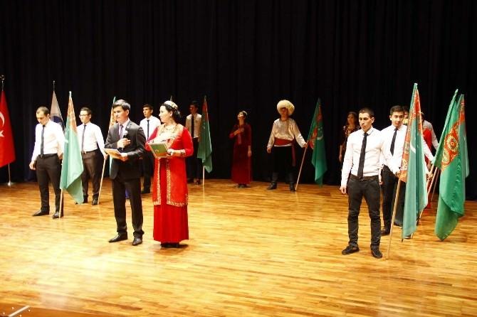 Türkmenistan Bayrak Şöleni SAÜ'de Düzenlendi