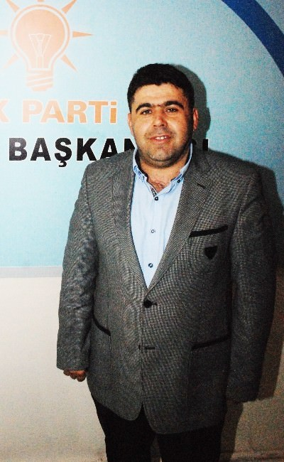 Uşak AK Parti'de Aday Adayı Bolluğu