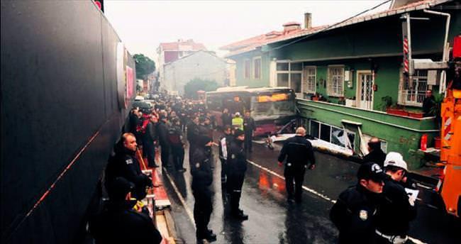 Sarıyer'de halk otobüsü dehşeti: 2 ölü, 8 yaralı
