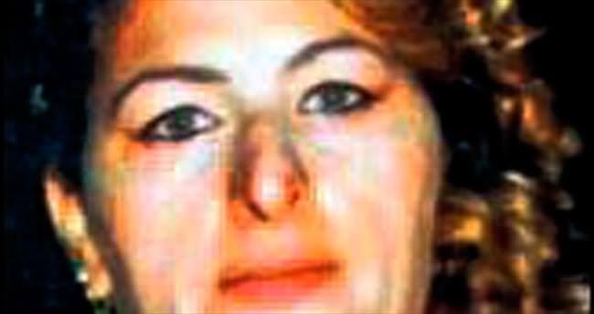 Bıçaklı düelloda kocası öldürdü