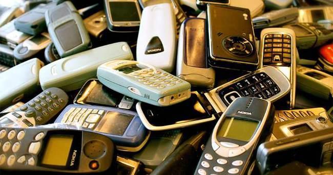 50 milyon cep telefonu çekmecelerde