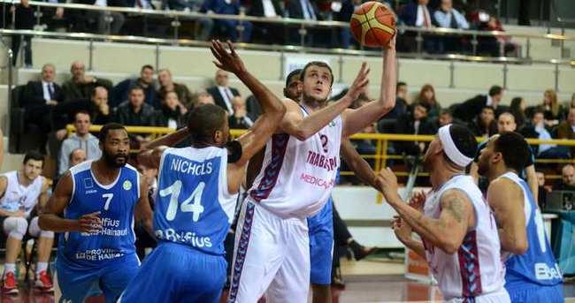 Trabzonspor çeyrek finalde