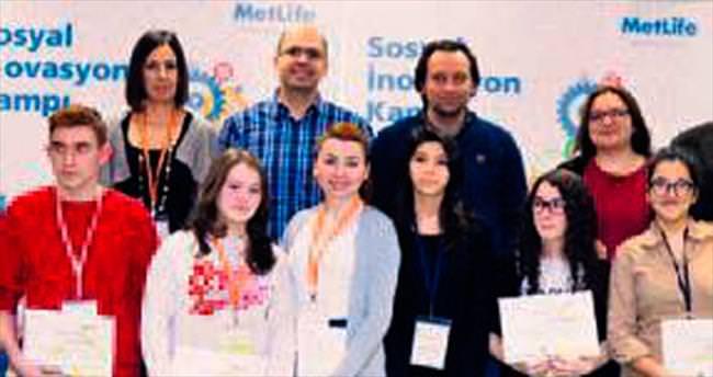 MetLife'tan 'Sosyal İnovasyon Kampı' ile liselilere destek