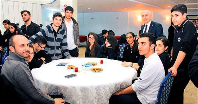 HKÜ Erdem Koleji'nde Kariyer Günleri düzenledi
