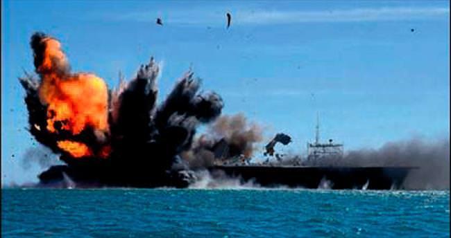 İran donanması ABD 'gemisini' batırdı