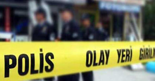 İstanbul'da polis aracına ses bombası atıldı