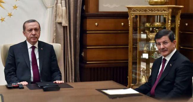 Devletin zirvesinde sürpriz! Erdoğan ve Davutoğlu'nun...