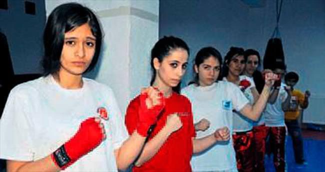 Kadınlar şiddetten boksla korunacak