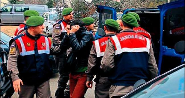 Pamukkale'de 25 adrese fuhuş baskını