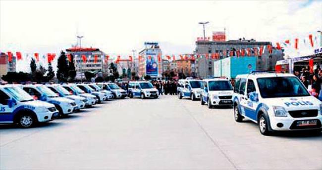 İstanbul Emniyeti'ne 20 hibe araç