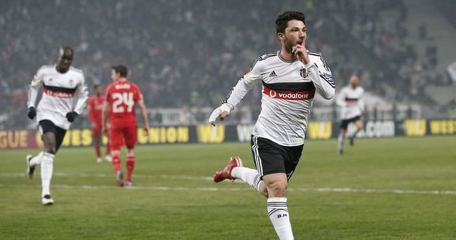 Tolgay Arslan Beşiktaş'a ısınıyor