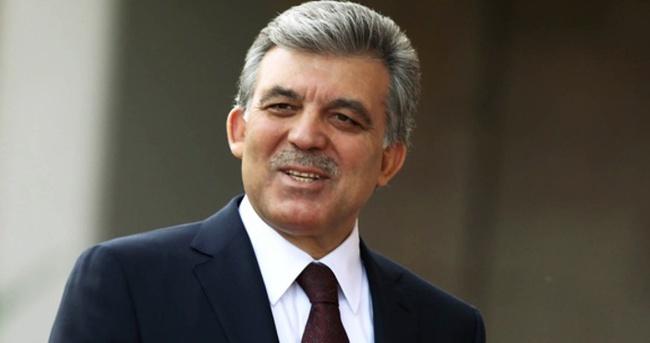 Abdullah Gül İstiklal Caddesi'nde yürüdü