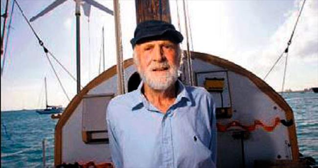 84 yaşında, Atlantik Okyanusu'nu aştı