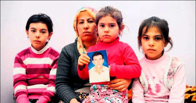 Sevgilisine öldürttü çocuklarıyla ağladı