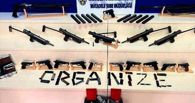 Adana'da silah kaçakçıları tutuklandı