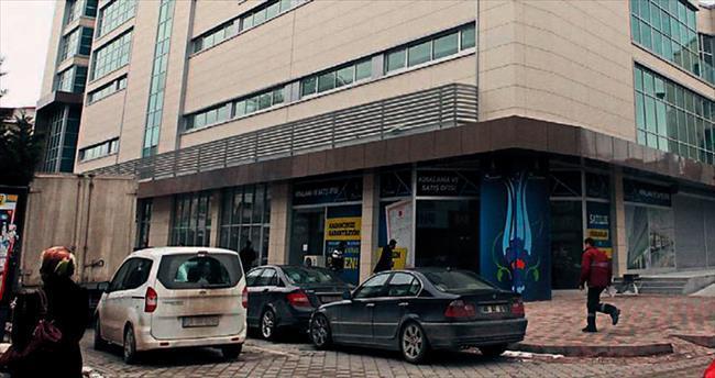 Paralel AVM'de mühür skandalı