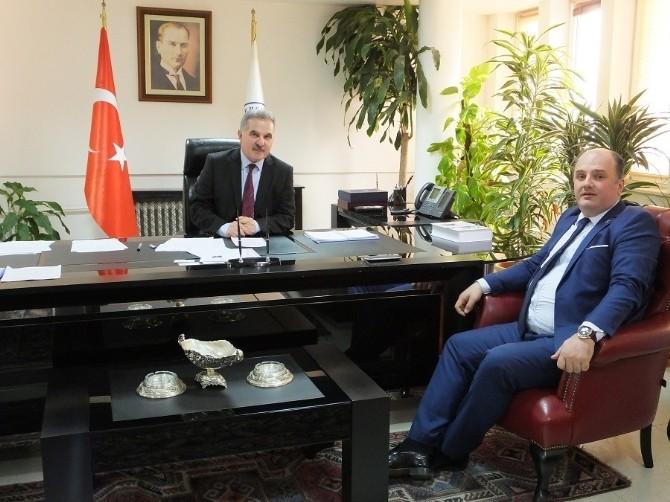 Cihan Saraç'tan Rektör Elmas'a Ziyaret