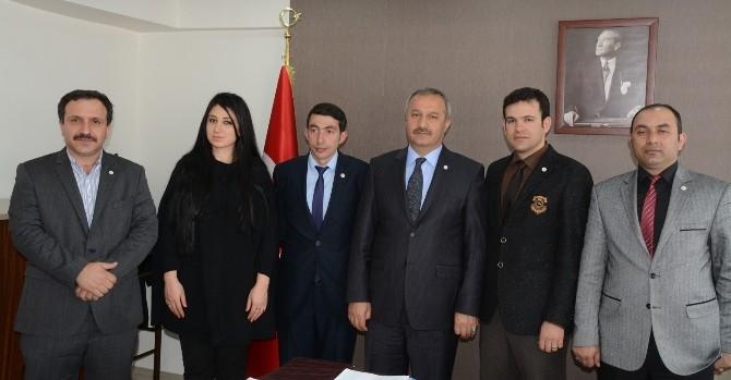 Yeşilay Erzurum Şubesinden Büyükşehir Belediye Başkan Vekili Tavlaşoğlu'na Ziyaret