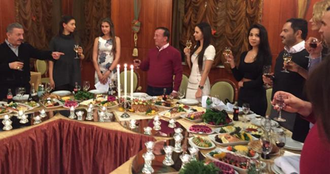Ali Ağaoğlu doğum gününü Moskova'da kutladı