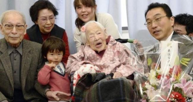 Dünyanın en yaşlı insanı yeni yaşına girdi!
