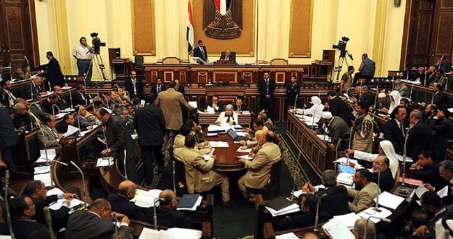 Mısır'da kabine değişikliği