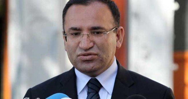 Bekir Bozdağ'dan seçim istifası